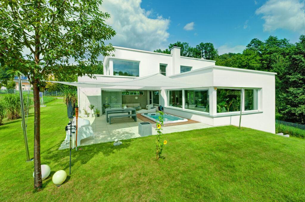 Kunststoff-Fenster - Referenzobjekt Fenstertechnik Amberger / Höhbauer
