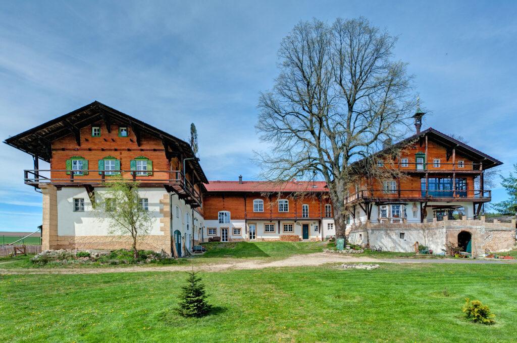 Holz-Fenster - Referenzobjekt Fenstertechnik Amberger / Höhbauer